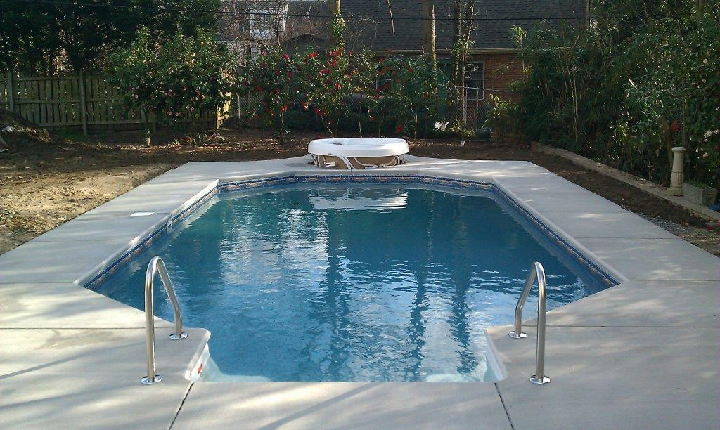 valittuto-pool-almost-done