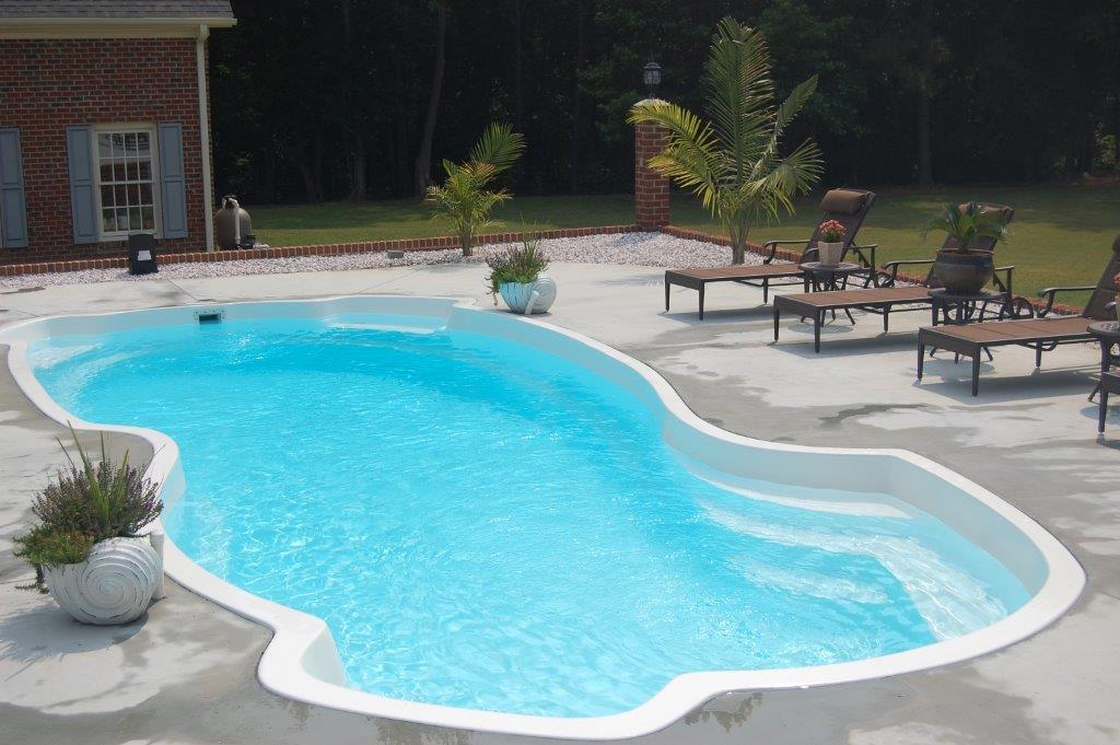 Fiberglass swimming pool installation in burlington nc for Pool installation